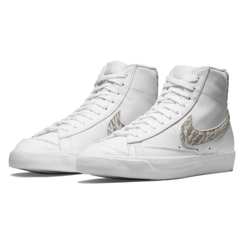 Nike-Blazer-Mid-77-Sneaker-Dames-2109291118