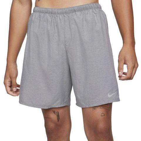 Nike-Challenger-7-Short-Heren-2107270940
