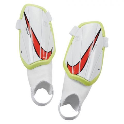 Nike-Charge-Scheenbeschermer-Junior-2107261226
