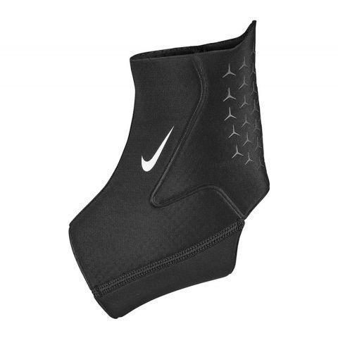 Nike-Pro-Enkel-Sleeve