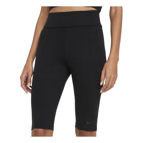 Nike-Sportswear-Essential-Tight-Dames