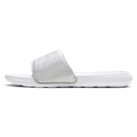Nike-Victori-One-Badslipper-Dames-2107131521